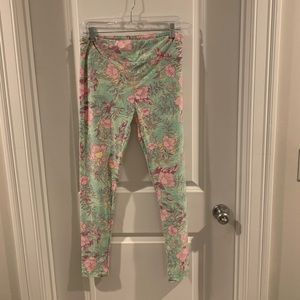 LuLaRoe flower and leaf patterned leggings